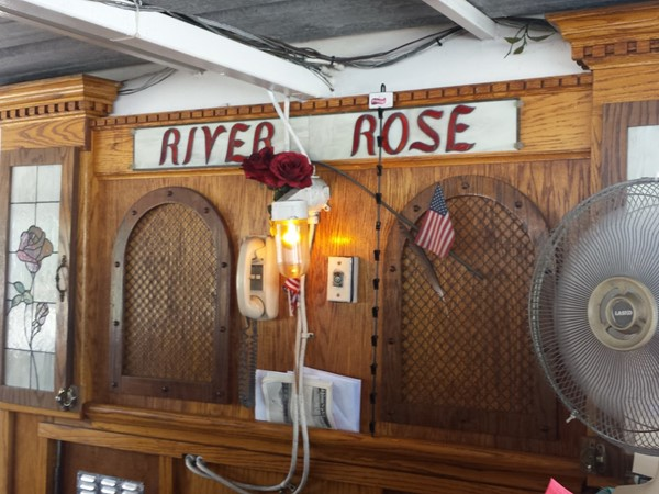 River Rose is a Mississippi River Paddle Boat that gives two hour tours on the Hudson River