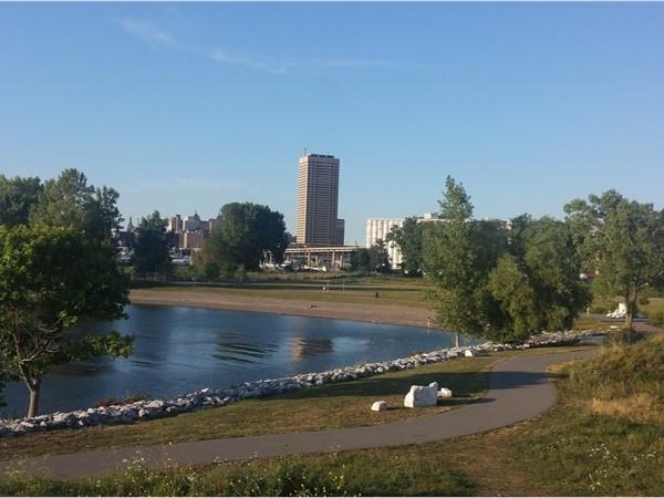 Wilkeson Pointe Park