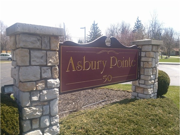 """Highly desired """"Senior Living"""" in Asbury Pointe, Amherst, NY"""