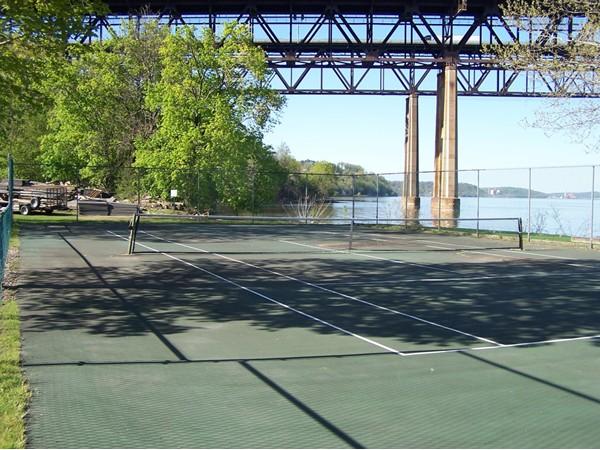 Enjoy a game of tennis by the Hudson River and Newburgh/Beacon Bridge at Pier Loun.