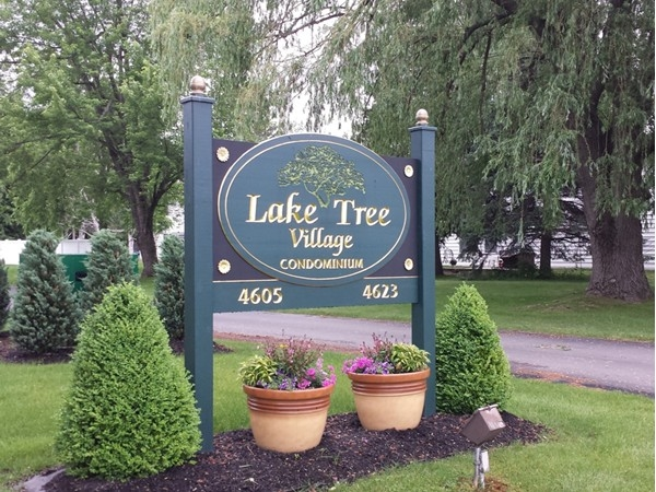 Located on Chestnut Ridge Rd  in Amherst NY,  Most units have 2 bedrooms and 1.5 Baths