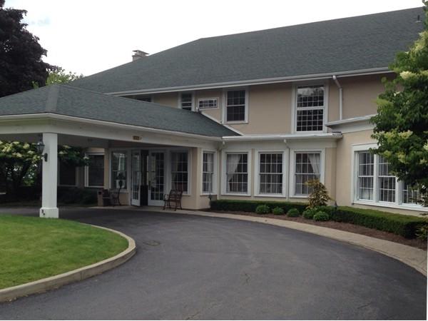 Niagara Falls Country Club - an absolute incredible location for a wedding reception!