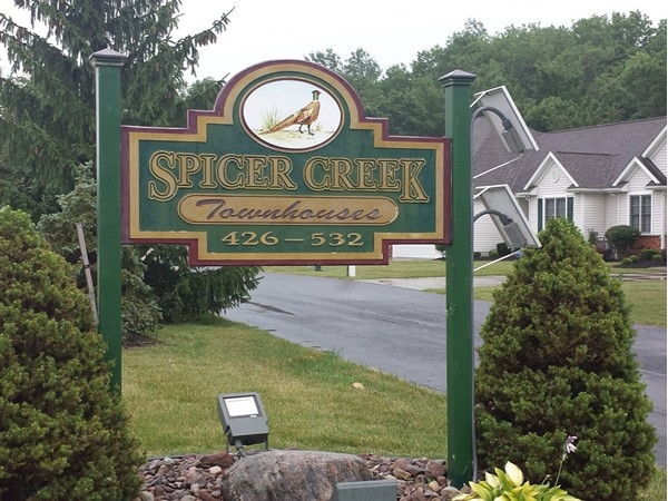 Spicer Creek. Townhouses 426-532 Whitehaven, Grand Island. NY