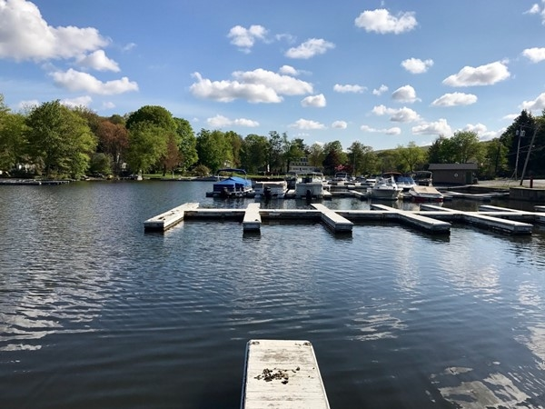 Docking the boat in Greenwood Lake