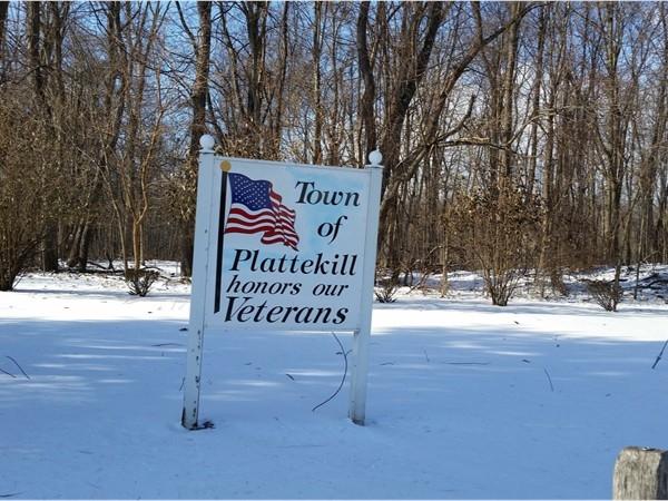 Plattekill sign honors Veterans