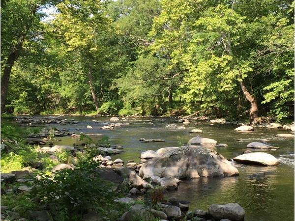 Scenic Woodbury Creek