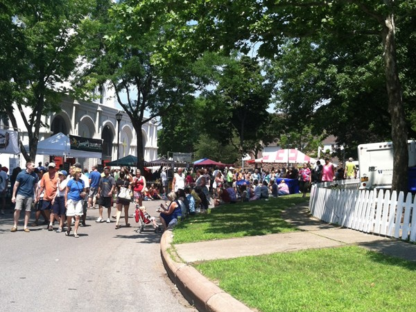 The annual Corn Hill Arts Festival