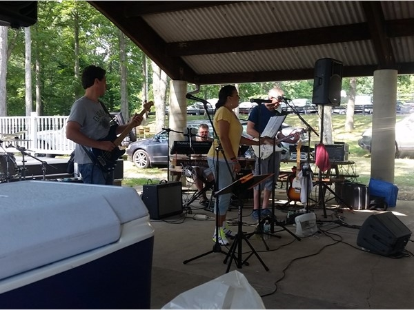 OC5 playing at Earl Reservoir. Great entertainment