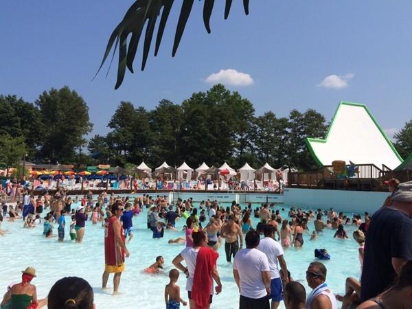 Wave Pool at Splashdown