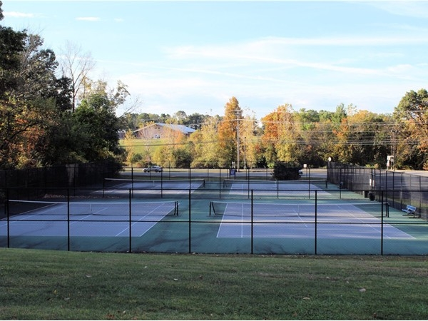 Tennis courts at Giacomo Park in New Windsor
