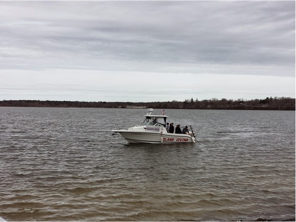Diving boat on lake for research