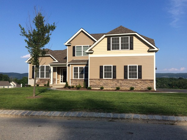 Another beautiful home in Woodbury Junction