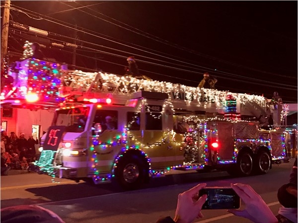 Kicking off the holidays with the Washingtonville Christmas Parade and Tree Lighting