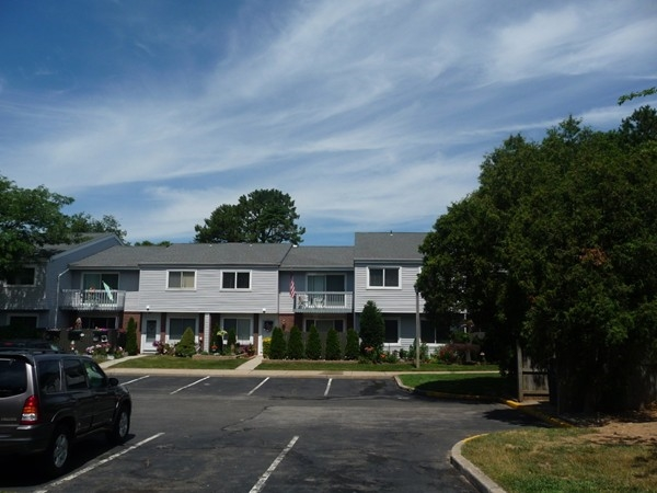 The condos at Woodgate in Holbrook