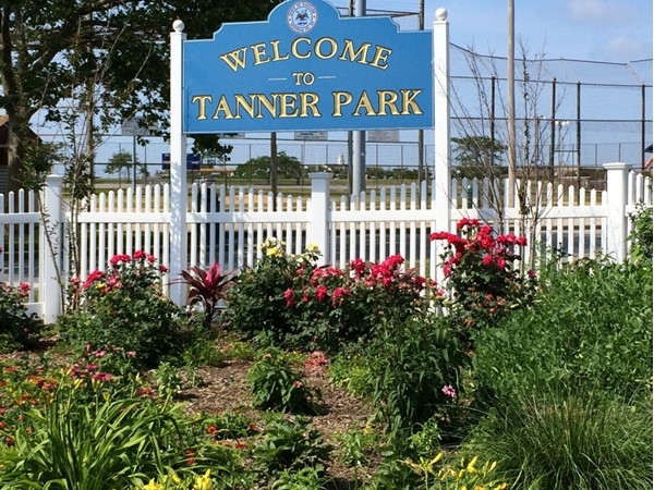 Tanner Park entrance