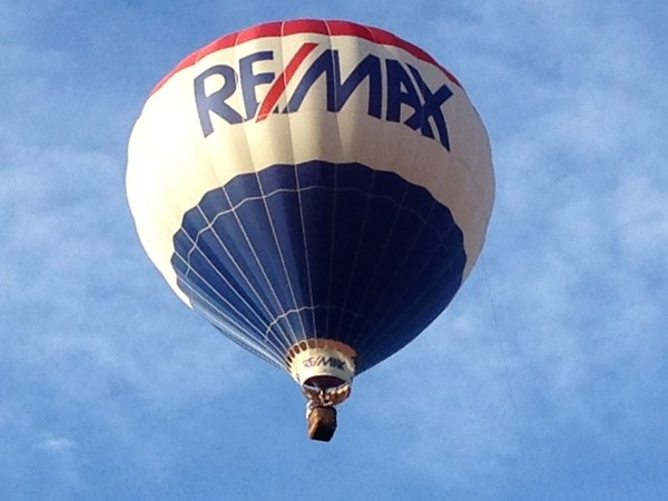 Jamesville Balloon Fest, somewhere over Sweet Rd, RE/MAX flying high