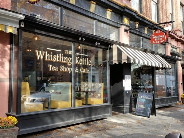 Whistling Kettle - wide selection of tea and great lunch spot