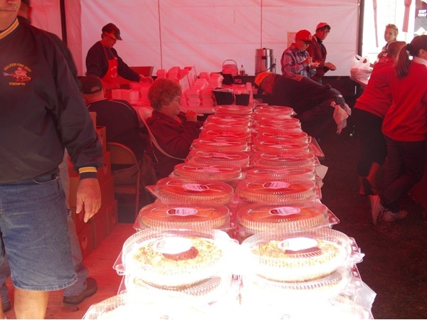 Pies, pies and more pies at Hilton Apple Fest