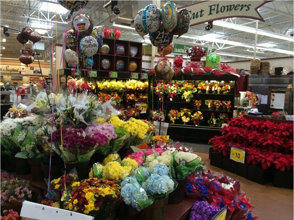 kroger 39 s candy bouquets floral bing images. Black Bedroom Furniture Sets. Home Design Ideas