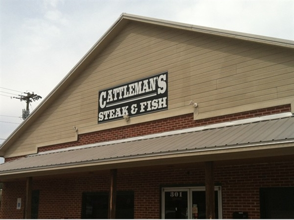 Legendary eatery, Cattleman's Steakhouse