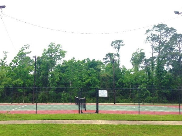Timber Ridge: Tennis anyone?