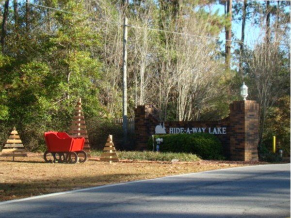 Entrance into the only gated community located in Pearl River County, Hide-A-Way Lake