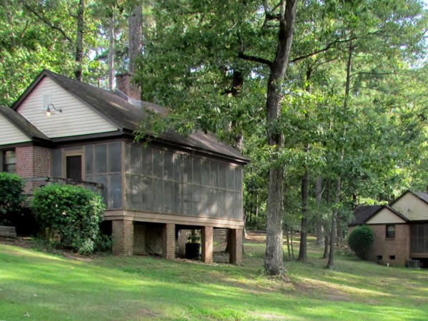 Cabin rentals at Percy Quin State Park