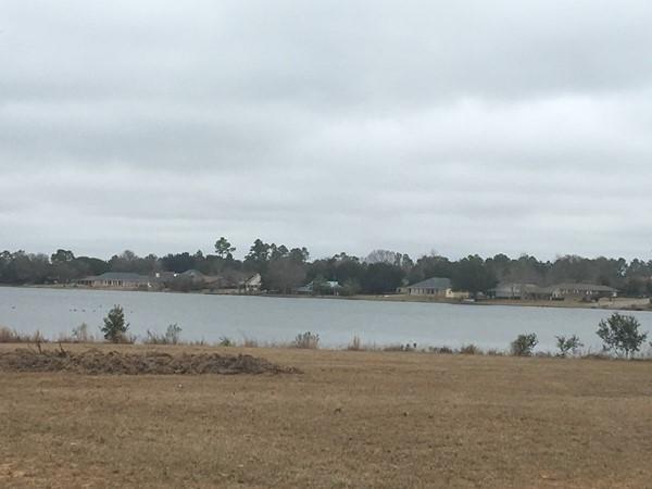 Adams Lake at Windance adjoins Northridge