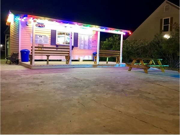 Caribbean Breeze Sno Balls is refreshing on a warm night. It's a neat little place