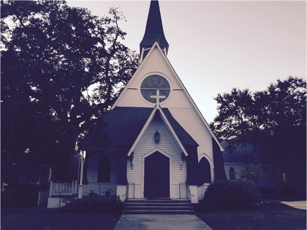 Third reason to live in Ocean Springs; wonderful churches- St. Johns Episcopal Church