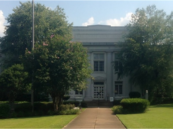 Pike County Courthouse in Magnolia, MS