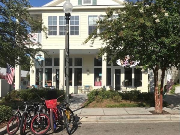 Bike rentals on Jeff Davis Ave