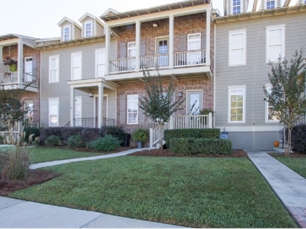 Bellegrass Community Townhomes