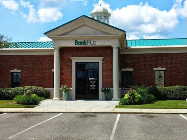 Bank Plus located in town