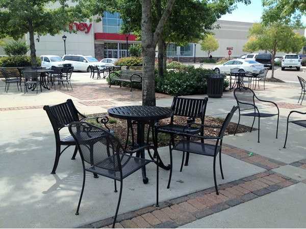 Lovely sitting area right in the middle of the Market Street Shopping Center!