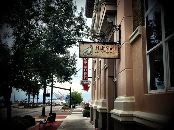 One of the many excellent seafood restaurants in downtown Gulfport