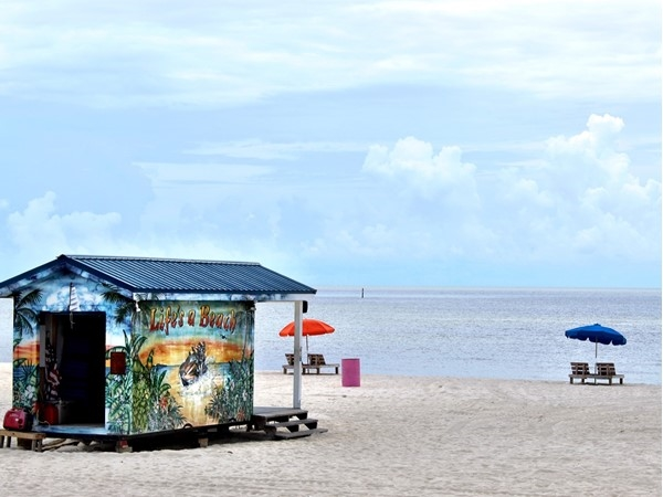 The beautiful beaches of the Mississippi Gulf Coast