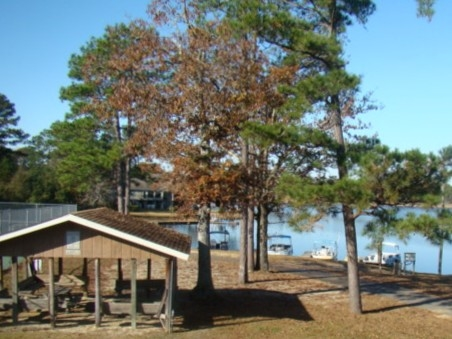 Not on the lake? Just park your boat at the dock and bring your family for a day of picnicking