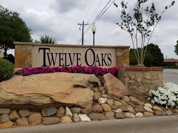 Welcome To Twelve Oaks