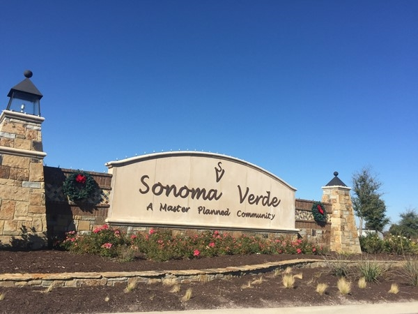 Sonoma Verde builders are Altura, Lennar and Megatel