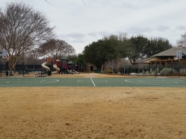 Basketball courts at Russell Creek
