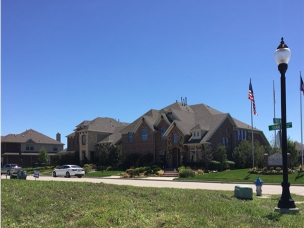 Grand Homes in Frisco Hills, Little Elm