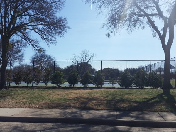 Canyon Creek Park tennis courts