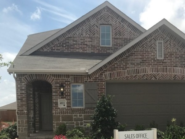 Affordable pricing for new construction in Forney