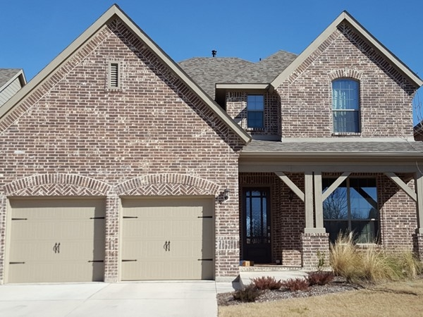 A beautiful Drees Home in Enclave at Hidden Creek