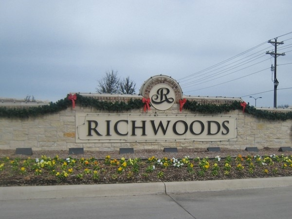 Gated community of Richwoods in Frisco, near 121 and Independence