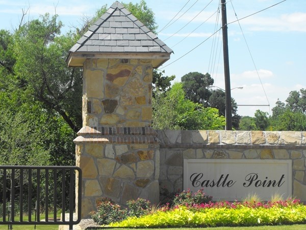 This subdivision offers new construction in Garland
