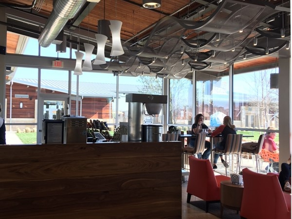 Amenity Center on-site cafe