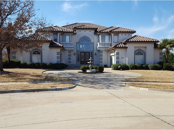 A magnificent home in Mallard Lakes