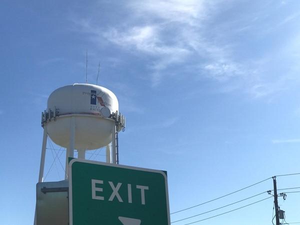 Exit for Kaufman County Memorial Park